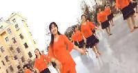 大连市旅顺口区铁山街道蝶恋花舞蹈队广场舞表演 二